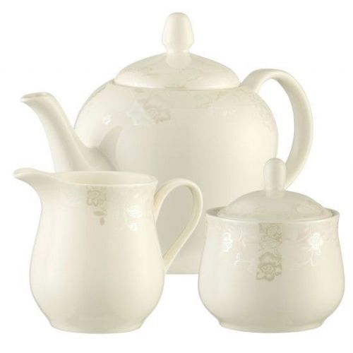 Belleek Living Evermore Teapot, sugar and Cream Set